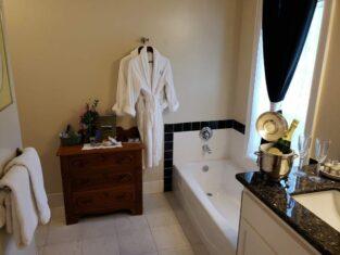 Standard River View Suites, The River Belle Inn